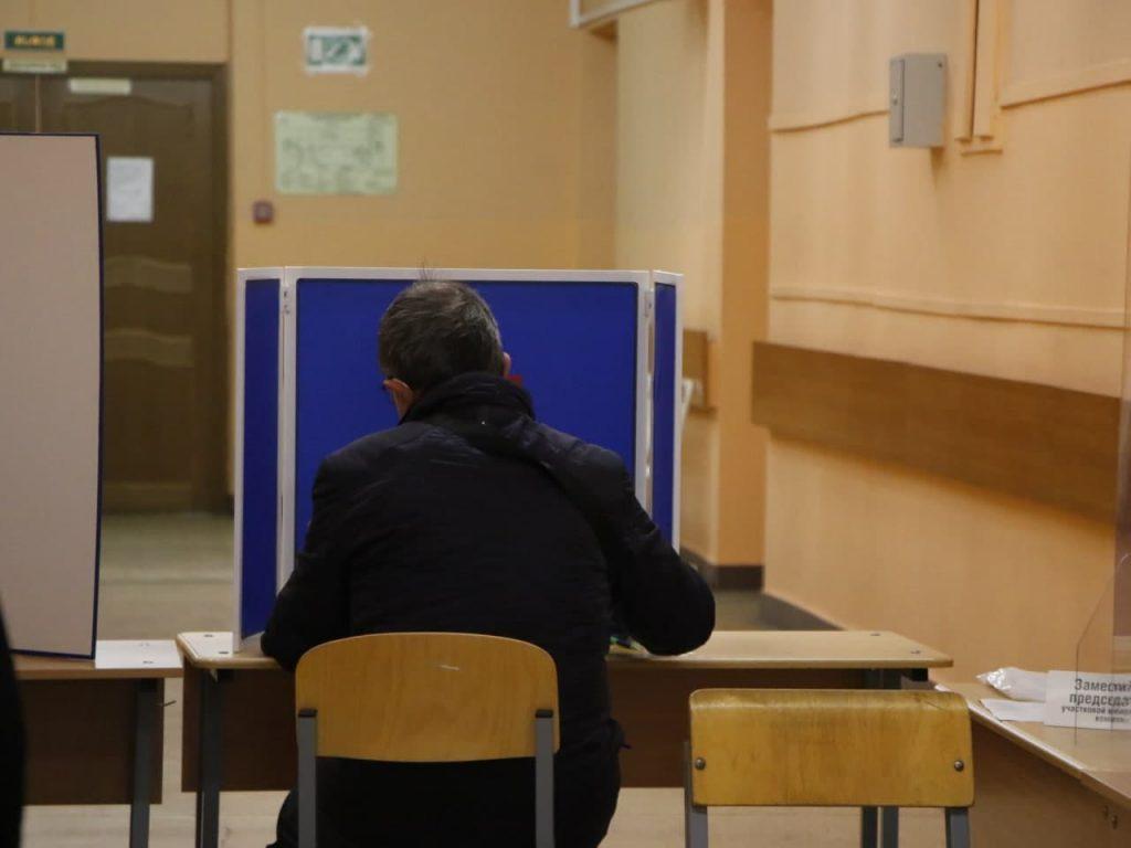 Чиновники Красносельского района обманули пенсионеров – вот вам и надомное голосование